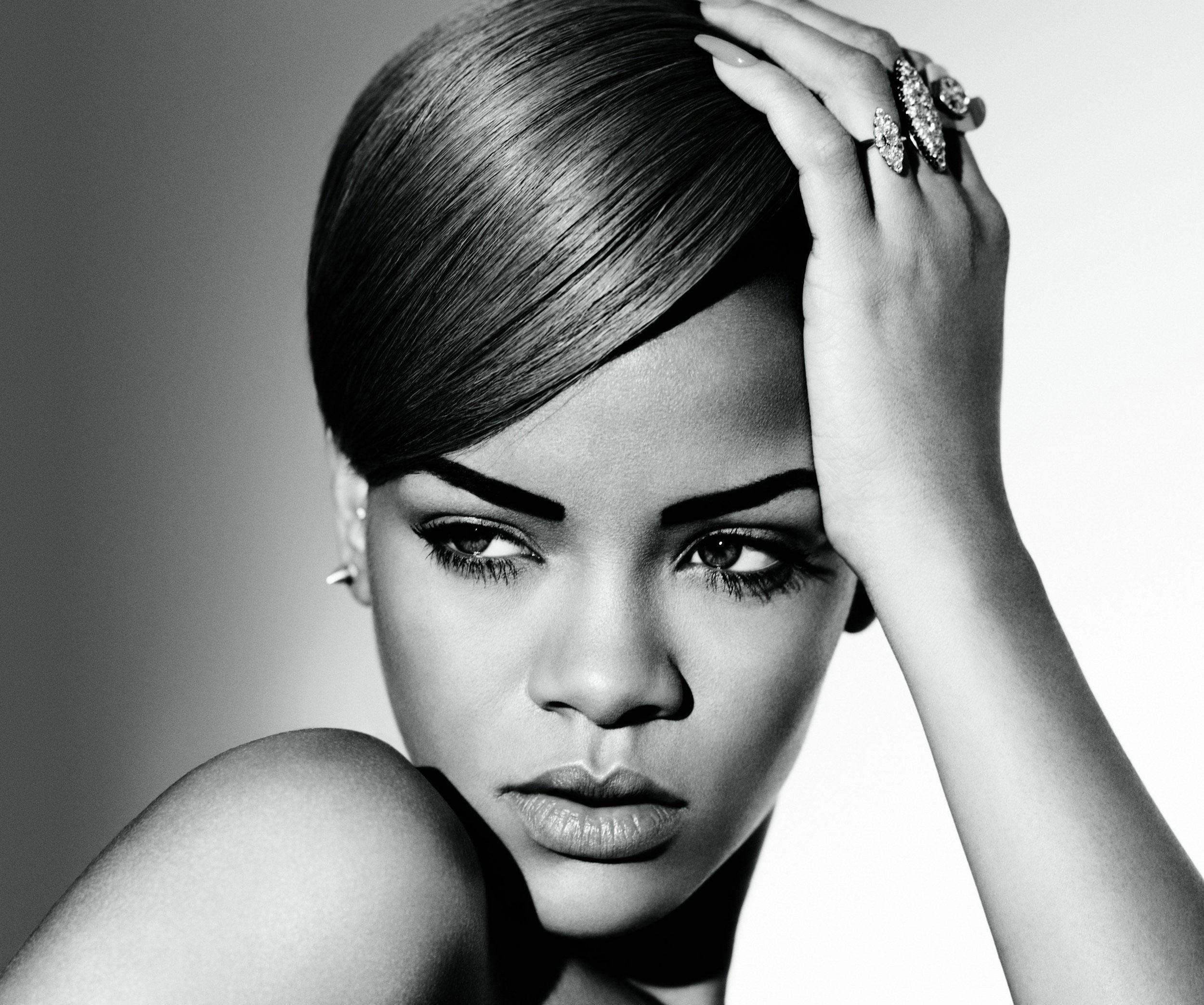 New Music: Rihanna –... Rihanna Diamonds